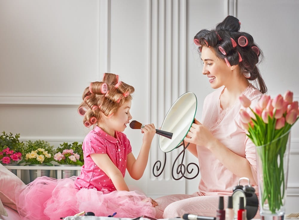 5 things you need to know before buying kids cosmetics - Smart Emily